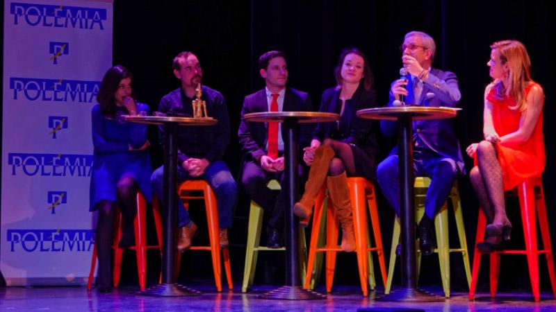 Effusion, applaudissements enjôleurs, en ce 6 février 2017. Sous les élégantes loges du théâtre Marie Bell, le public a tranché : au terme d'une soirée à laquelle il a fait honneur, il a couronné l'équipe de Yann Barthès du Bobard d'Or de l'année !